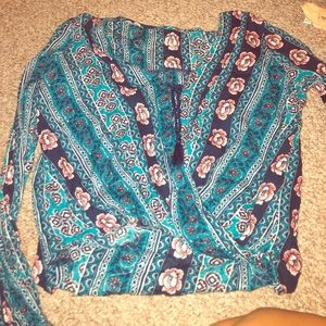 New boho longsleeve with bow to tie in front